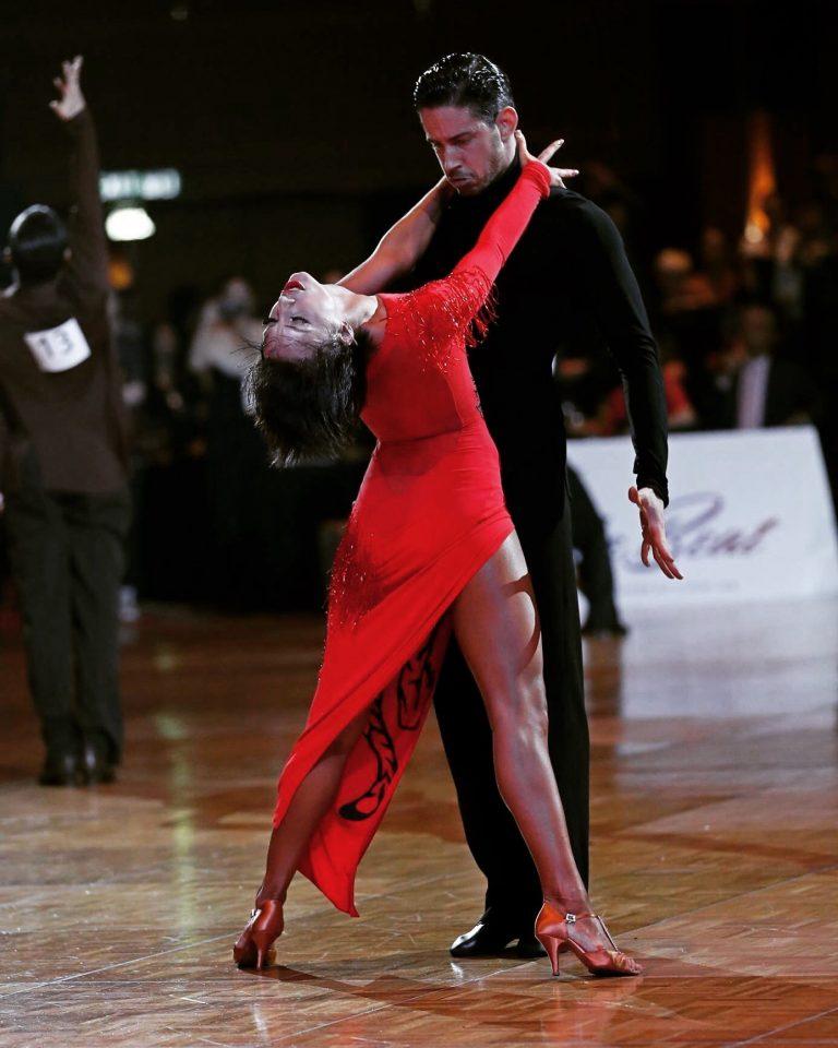 Milla og Darren der dansker sportsdans